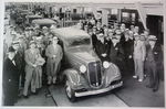 Chevrolet Parts -  1934 CAR ASSEMBLY LINE W/DEALERS B&W PHOTO